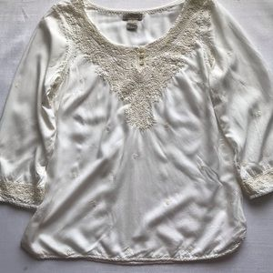 Lucky brand women's embroidered cream top size S